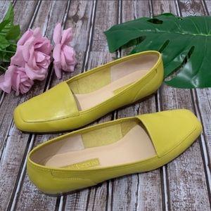 Enzo Angiolini LIBERTY  Lime Green Leather Flats 9